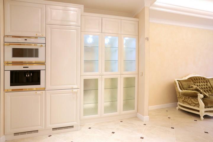Стеклянные дверцы для кухонного шкафа