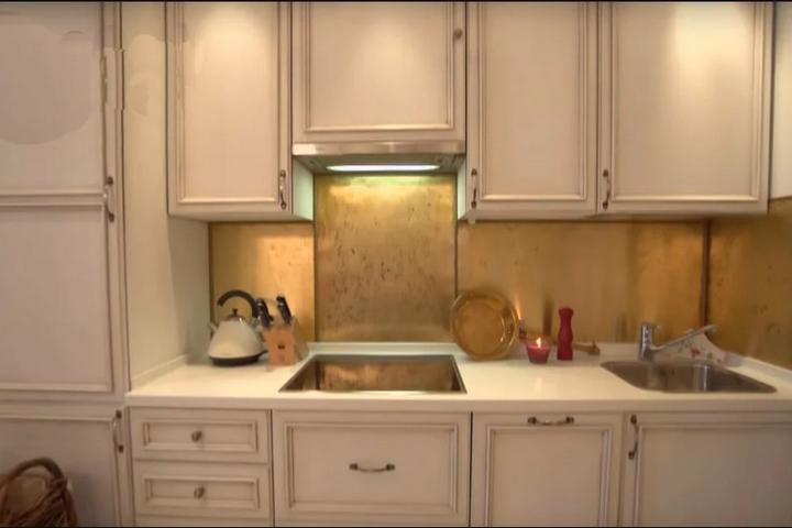 Латунный кухонный фартук в старинном стиле