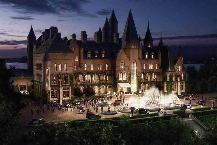 Замок Гэтсби в готическом стиле