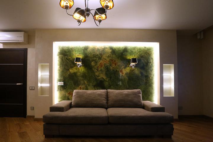 Подсветка панно с имитацией оникса по проекту Ремэлль