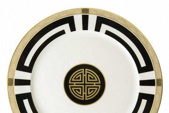 Тарелка из коллекции в духе Гэтсби