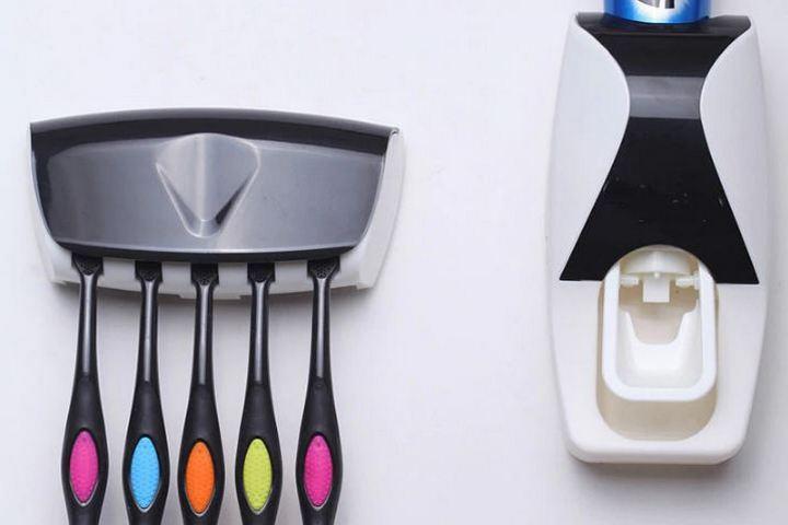 Держатели для зубных щеток и пасты