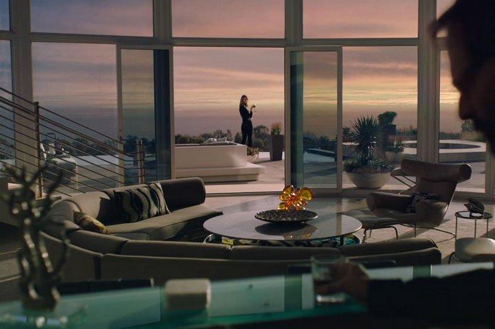 Гостиная Ренаты с видом на океан