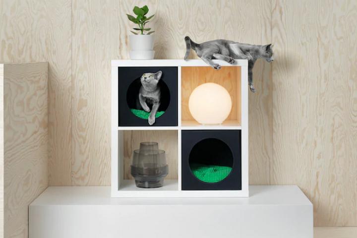 Домик для кота в стеллаже ИКЕА