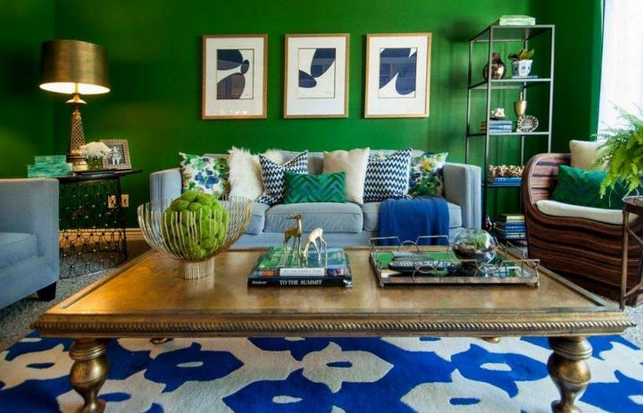 """Стены в гостиной в цвете """"Бискайский зеленый"""""""