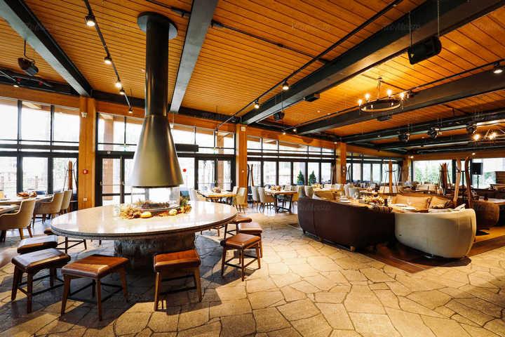 Ресторан в Охта Парке