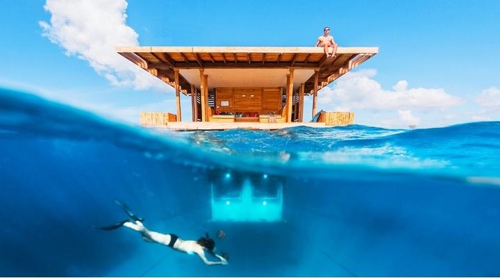 Номер отеля с подводной спальней