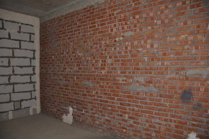 Ревизия кирпичной стены