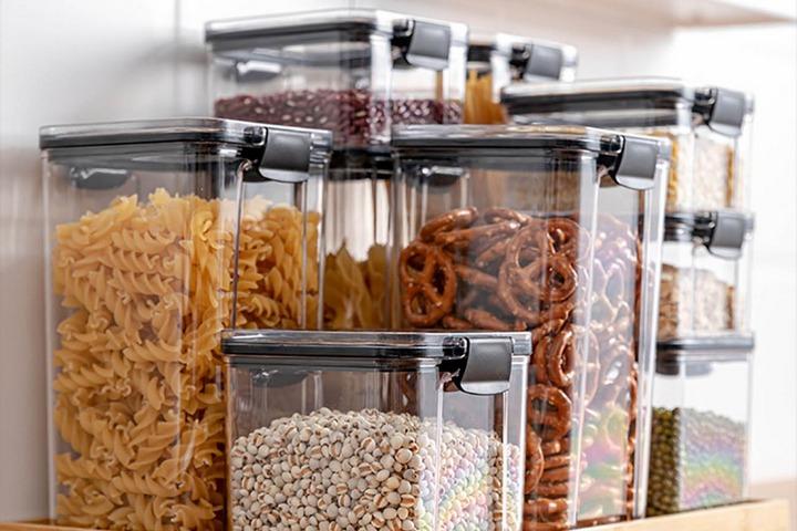 Контейнеры для круп и сухих продуктом