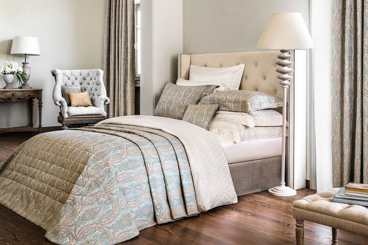 Чистый текстиль в спальне