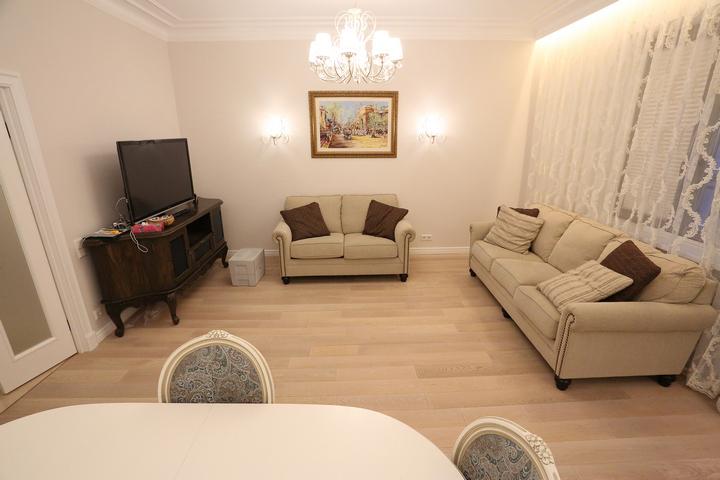Расстановка мебели у стен