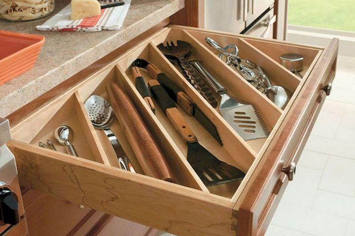 Организация кухонного ящика