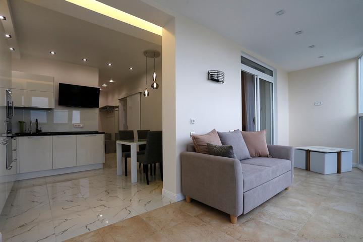 Перетекающее пространство в однокомнатной квартире
