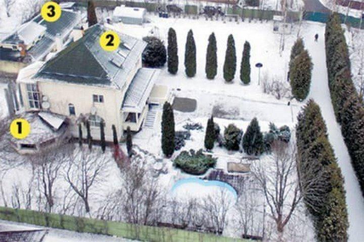 1 - Терраса, 2 - Основной дом, 3 - Баня и хозяйственное помещение