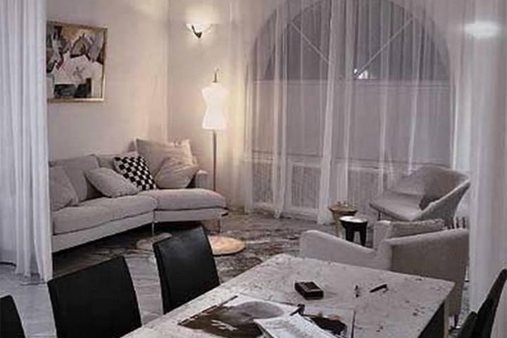 Зона отдыха с дизайнерской мебелью