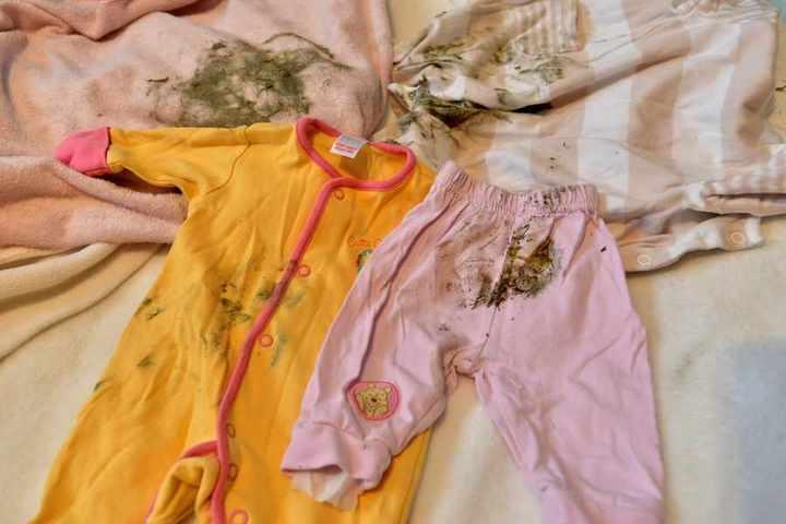 Плесень на мокрой одежде