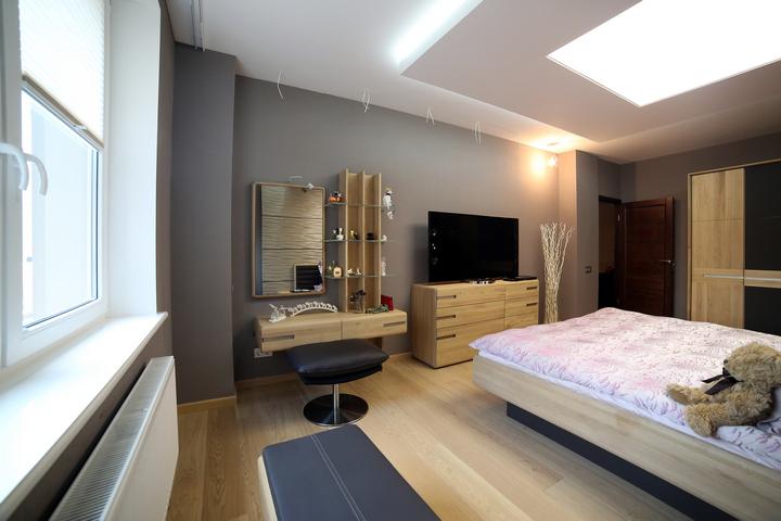 Закарнизная подсветка в спальне