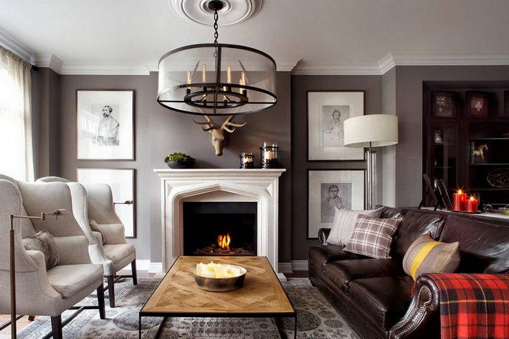 Английский стиль в гостиной с камином