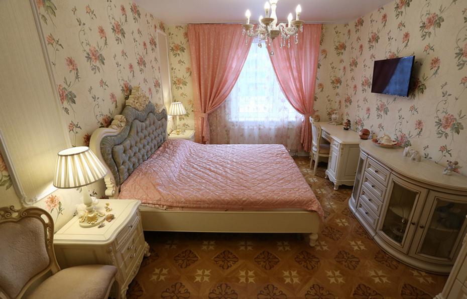 Стиль Прованс и кровать без места для хранения