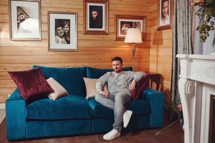 Сергей Лазарев в своем доме