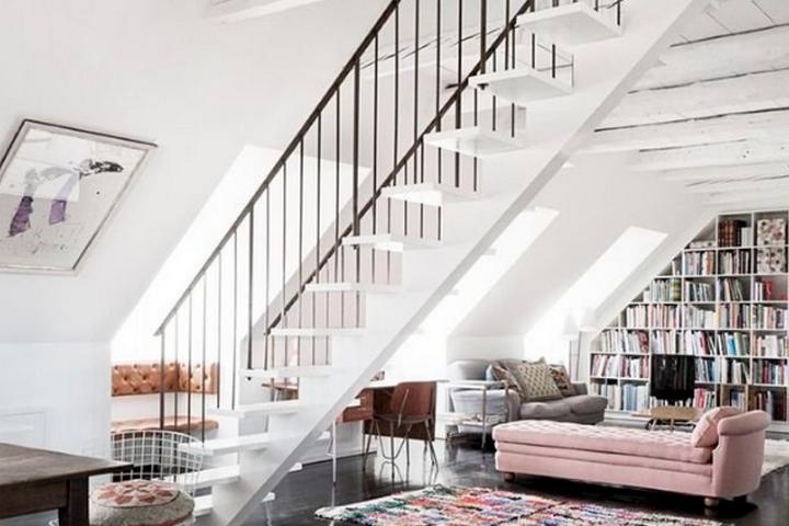 Лестница со свободным пространством
