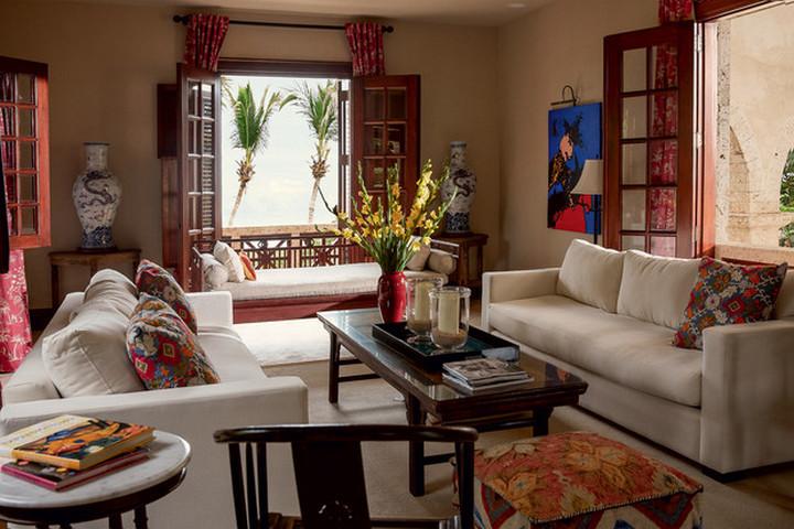 Гостиная с диванами для отдыха
