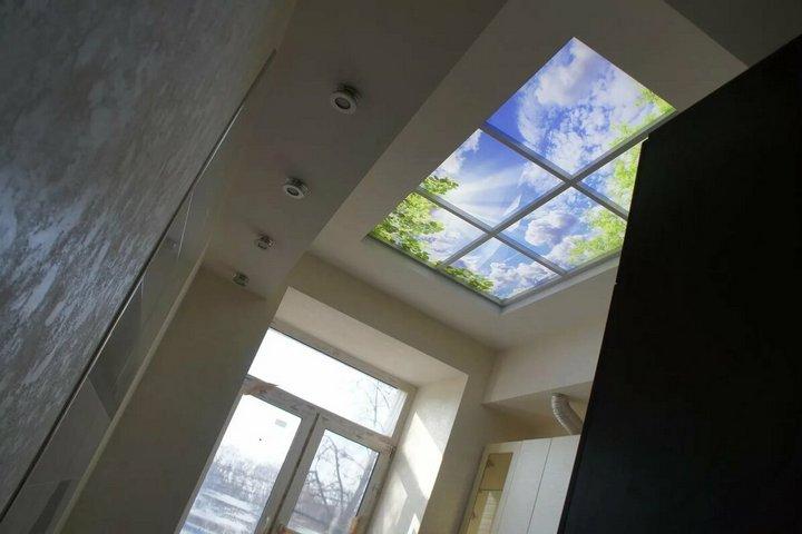 Акриловое фальш-окно в потолке