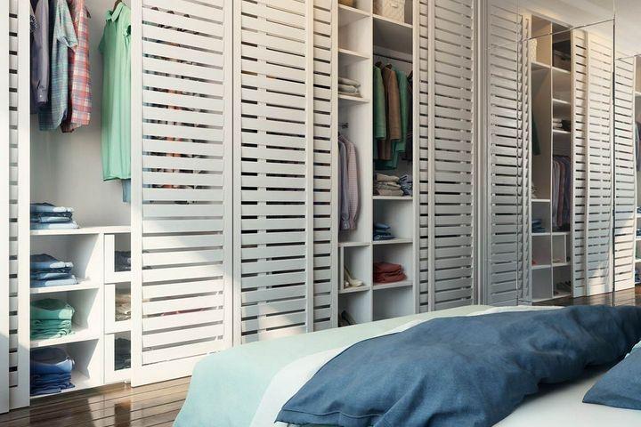 Реечные двери в гардеробной