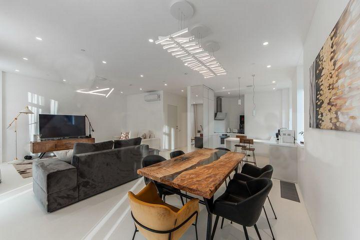 Столовая зона в общем помещении