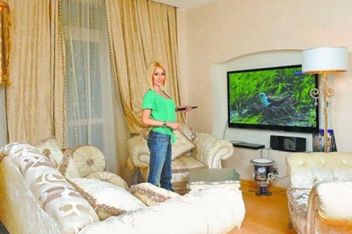 Гостиная комната с диванной группой