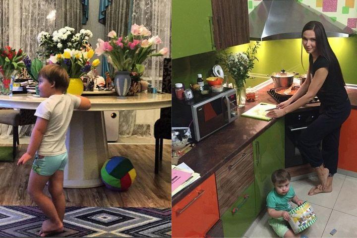 Красочная кухня и круглый стол