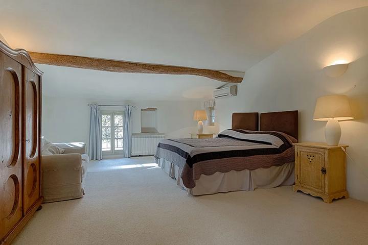 Спальня в доме Эдит