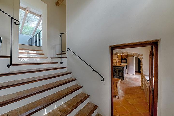 Центральная лестница