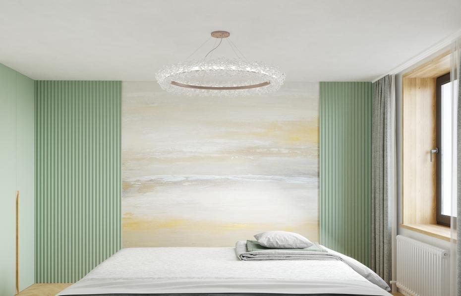 Декоративный элемент напротив кровати