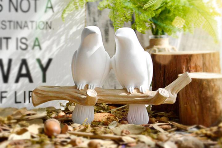 Вешалка с птицами