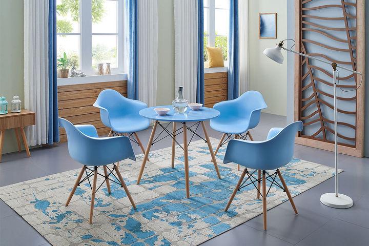Кресла Eames с подлокотниками