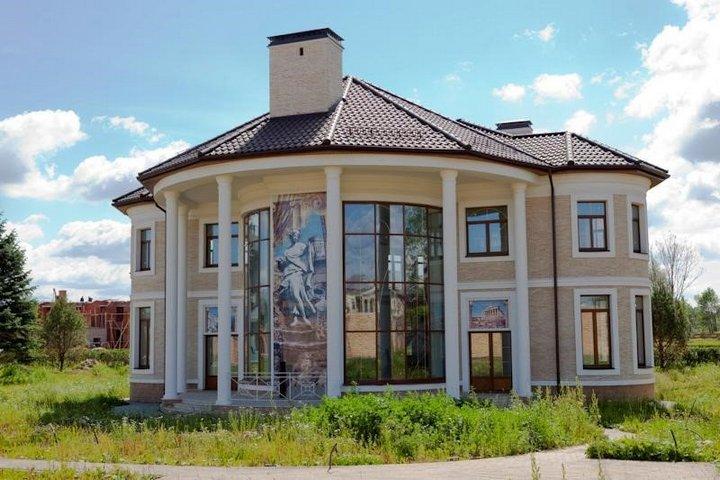 Экстерьер дома Брежневой и Меладзе
