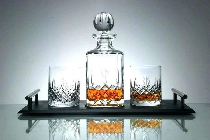 Хрустальный набор с стаканами и графином