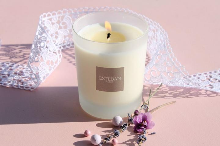 Свеча с ароматом ванили