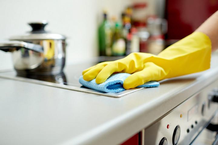Уборка на кухне против запахов