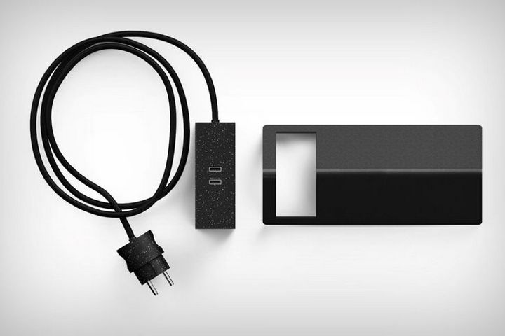 Лаконичный черный цвет устройства