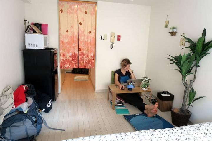 Спальня-гостиная в Японии