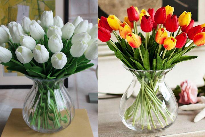 Пышные букеты тюльпанов в объемных вазах