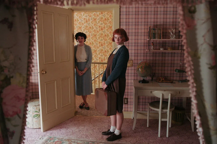 Спальня Бэт в розовой цветовой гамме