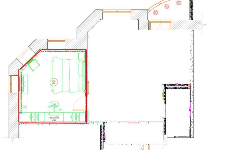 Красным обведены контуры спальни и конструктив стен