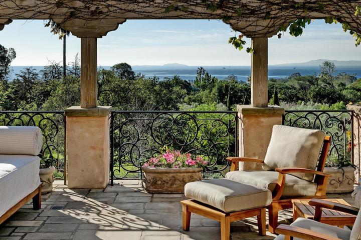 Терраса с роскошным видом на панораму Монтесито