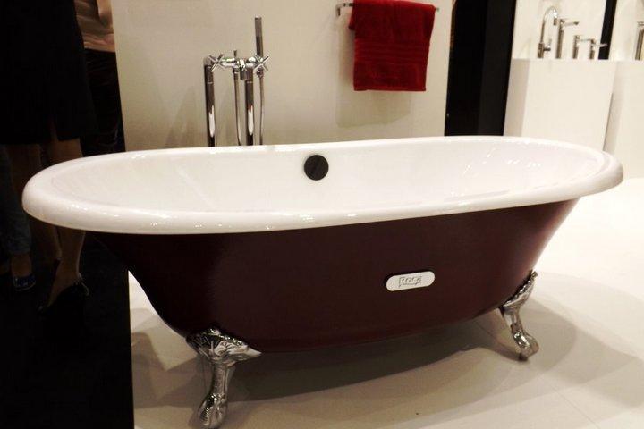 Чугунная ванна винтажной формы