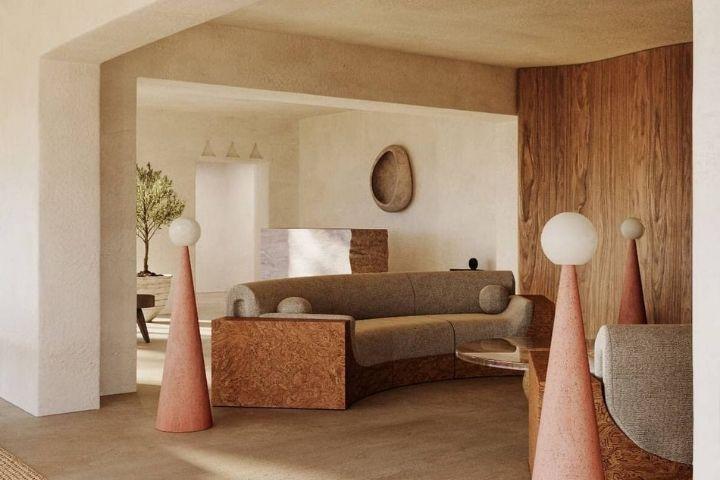 Гостиная с акцентной деревянной стеной